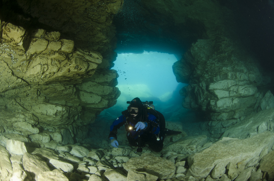 Caves Tobermory
